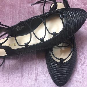 NINE WEST TEXTILE LEATHER WRAP LACE LOAFERS